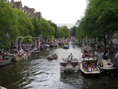 Crowds line the Prinsengracht for gay pride