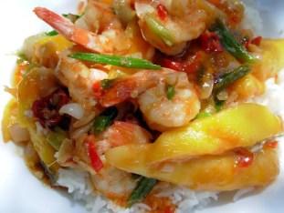 Chilli and Mango Prawns, with rice