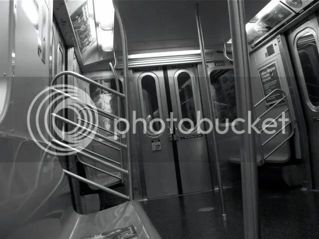 2 train, empty