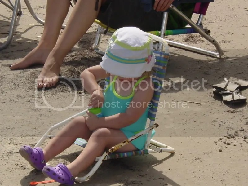 Just hangin' on the beach, trying to get these darn bubbles open!