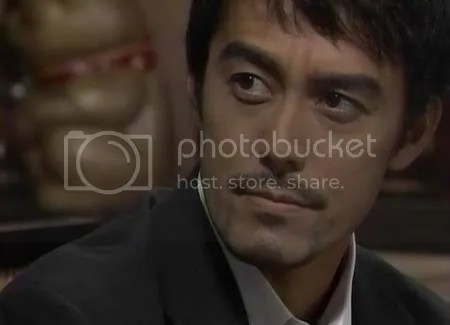 Abe Hiroshi pemeran Uesugi Kenshin dalam drama sejarah Tenchijin. Eh Kimiyo, sekilas dia mirip dosen kita ngga ya?