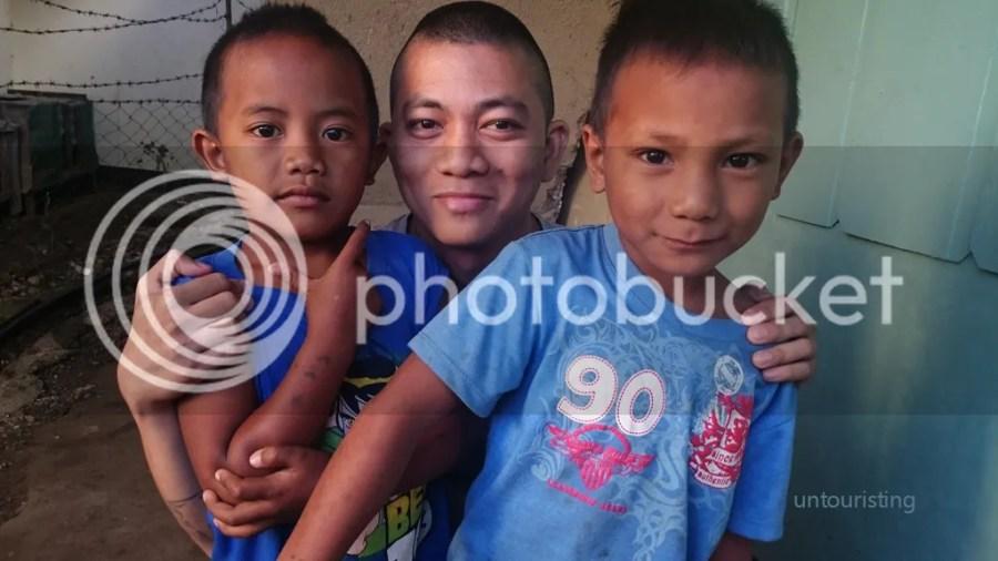 children from Buscalan