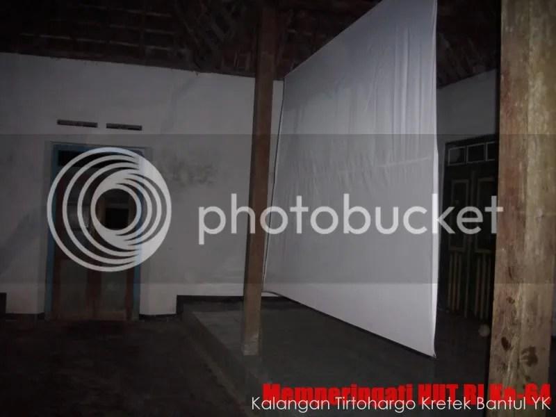 Pembukaan Acara dan Nonton bareng Laskar Pelangi