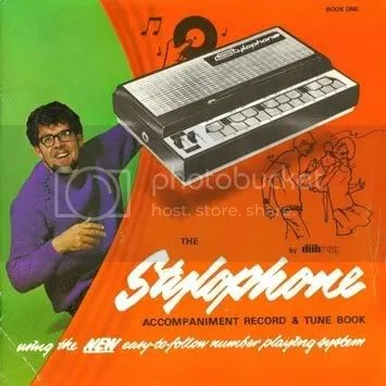 https://i2.wp.com/i158.photobucket.com/albums/t118/biabal/Rolph_Harris-Stylophone_b.jpg