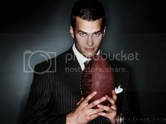 Get well soon Dreamboat. Cassel might not suck, but hot damn, nobody is as beautiful as you!