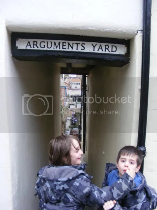 Argument Yard being used for what it was invented for. By experts.