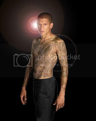 Celebrity full tattoos in body,cool and elegant style body cointaint