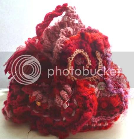 https://i2.wp.com/i165.photobucket.com/albums/u61/veldagia/Crochet/freeform%20hats/018.jpg