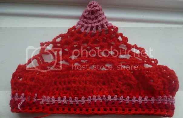 https://i2.wp.com/i165.photobucket.com/albums/u61/veldagia/Crochet/freeform%20hats/036.jpg