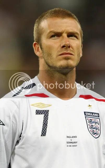 David Beckham: hot midfielder, pretty man, i guess. (6.0/10)