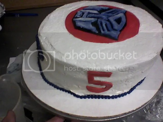 A Nice Lady Came In To The Bakery Wanting Transformers Cake For Her 5 Year Old Boy This Is What I Up With