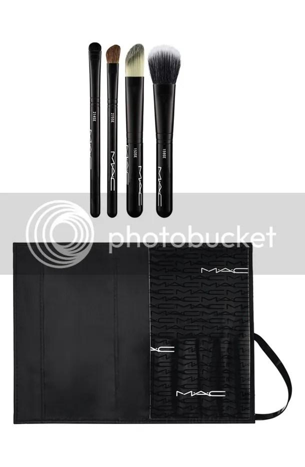 photo MAC-Look-in-a-Box-Advanced-Brush-Kit.jpg