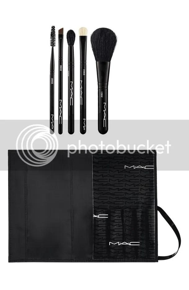 photo MAC-Look-in-a-Box-Basic-Brush-Kit.jpg