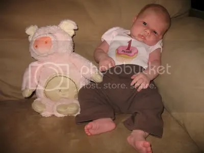 08.15.09 - one month old!!