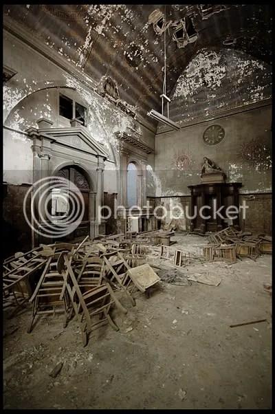 urbex,  urban exploration,  decay,  abandoned,  belgie, belgium, belgique, architecture,  photography,  urban,  exploration, verlaten, fotografie, hospital, hospitaal, clinic, kliniek, chapel, rose, kapel