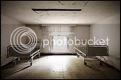 duitsland, germany, deutschland, abandoned, verlaten, photography, fotografie, decay, urban, exploration, urbex, abandonnee, architecture, schloss, castle, nursing, home, elderly