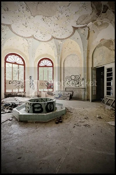 duitsland, germany, deutschland, abandoned, verlaten, photography, fotografie, decay, urban, exploration, urbex, abandonnee, architecture, solbad, bath, house, bad, thermal, medical, baths, spa, friedrich, nietzsche, art, deco