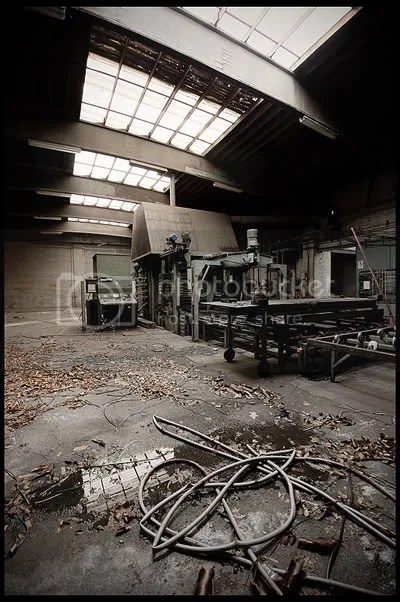 urbex,  urban exploration,  decay,  abandoned,  belgium,  belgique, architecture,  photography,  urban,  exploration, industry, factory, Finaspan, Marien, company, 1890, Louis, saw, milling, veneered, MDF, chipboard, plywood, block board, green, house, grape, boxes