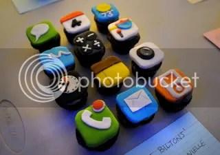 iPhone cupcakes