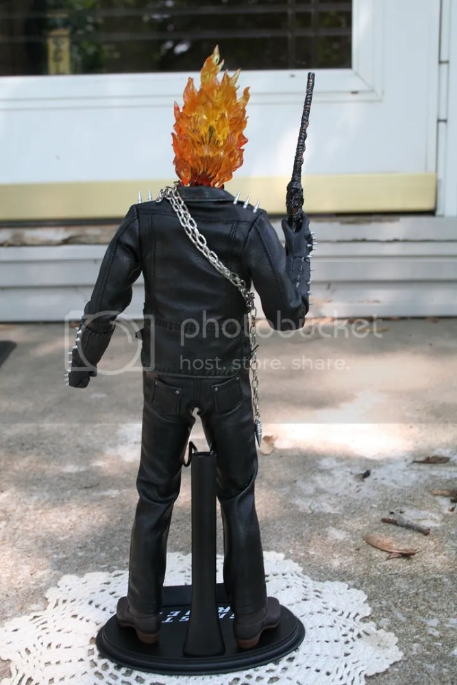 Hot Toys Ghost Rider 1:6th Figure Review (3/6)