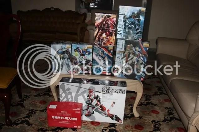 WOOOOT!!! 7 Gundams this month!!