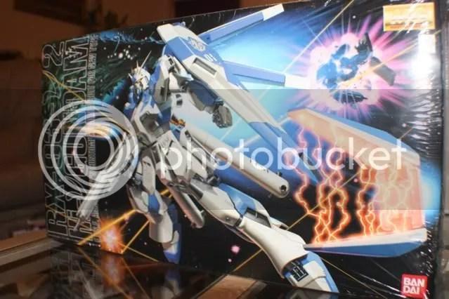 1/100 MG Hi-Nu Gundam