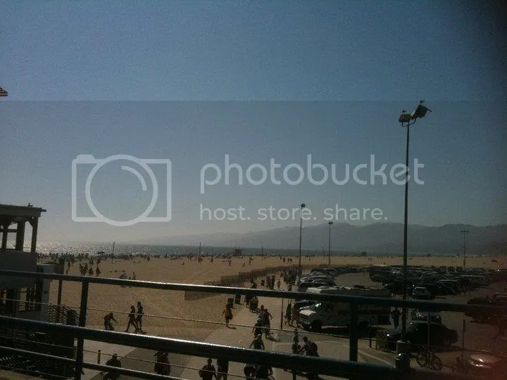 Santa Monica Beach photo 36144_495748776208_3326595_n.jpg
