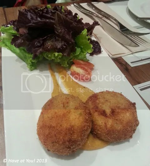 CBTL_salmon fishcakes with salad photo CBTL_SalmonFishcakesampGreenSalad_zps5818f07a.jpg