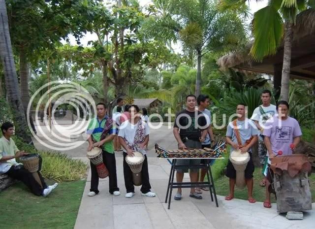DOS PALMAS_welcoming band