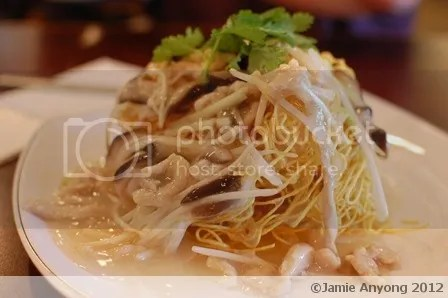 Hong Kong Day_fried noodles with pork