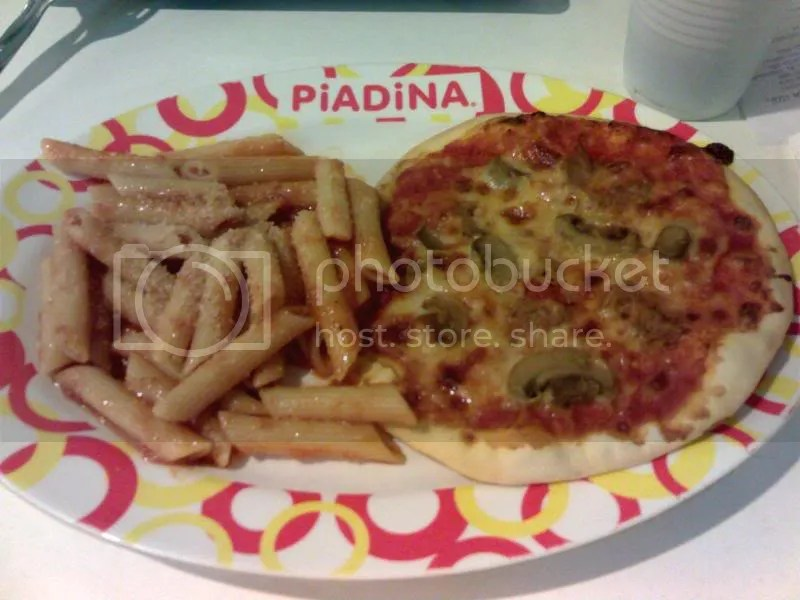 Piadina pizzette and pasta combo