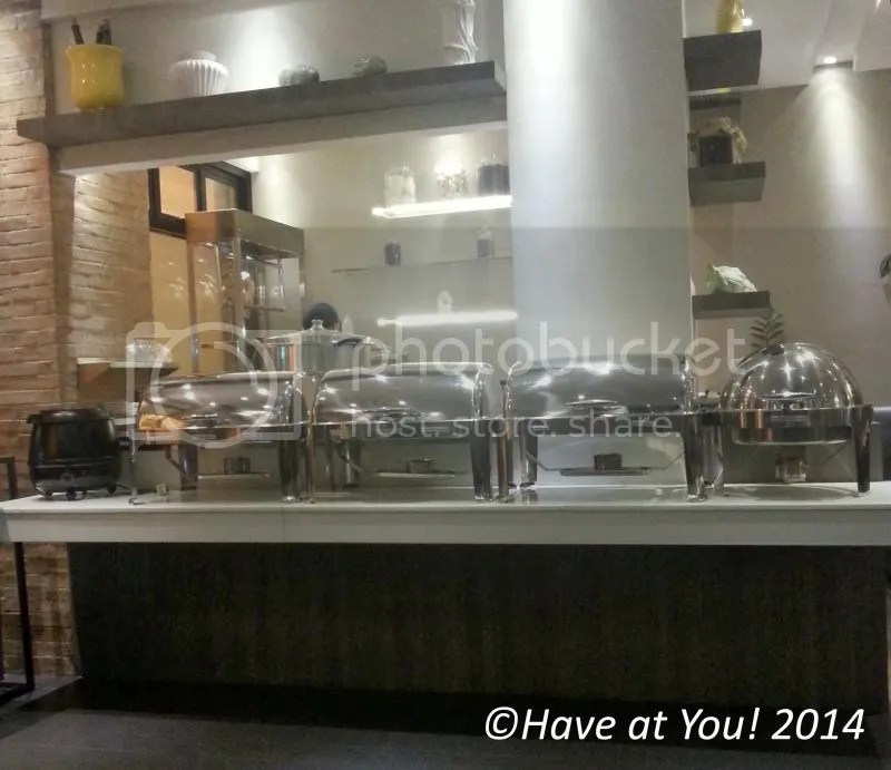 BOON TONG KEE_buffet area photo buffetarea_zps95026acb.jpg