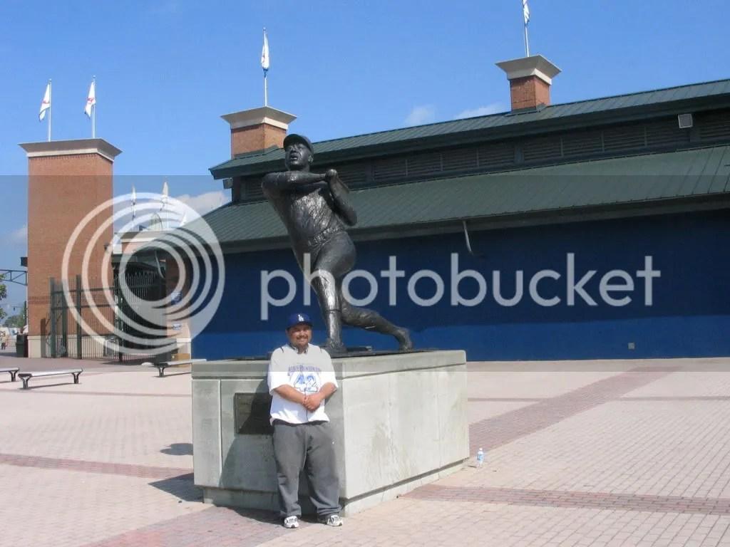 7-1-2007-146.jpg WITH HAMMERIN' HANK picture by dreispics