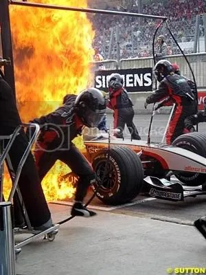 A pitfire for Gianmaria Brunis Minardi in 2004