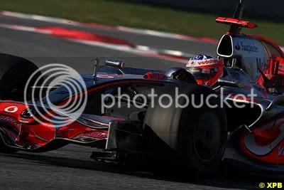 Gary Paffett running KERS and Slicks in the 2008 spec McLaren