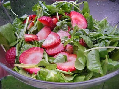 strawberry spinach salad Pictures, Images and Photos