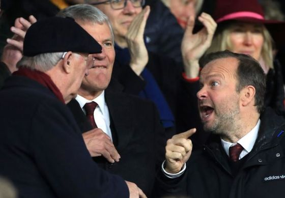Ed Woodward and Sir Alex Ferguson appeared to be arguing in the stands in a match against Sheffield United