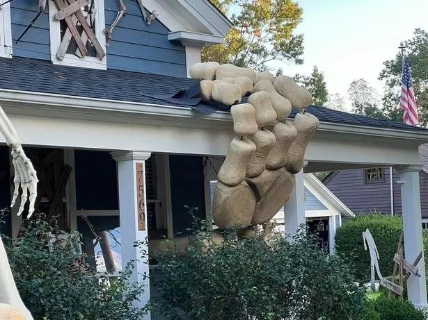 alan perkins halloween decorations