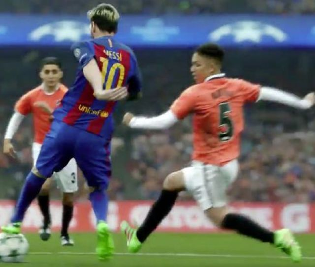 Lionel Messi Takes Centre Stage On The Football Pitch Image Fc Barcelona Gatorade