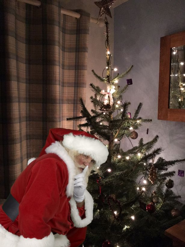 How To Capture Santa On Camera In Your OWN Home On