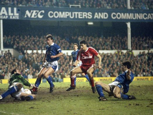 Looking back at Everton 4 Liverpool 4 - the 'match of a lifetime ...