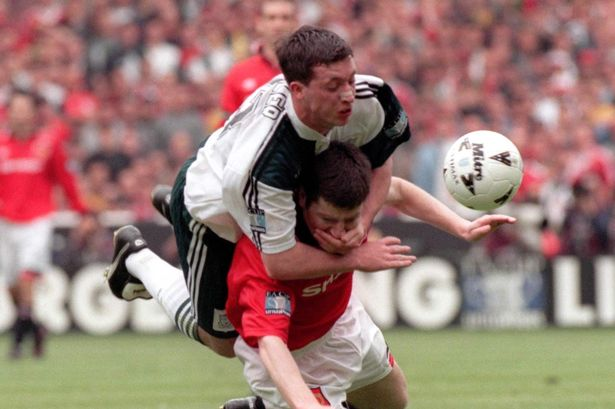 Robbie Fowler Tangles With Denis Irwin In The  Fa Cup Final
