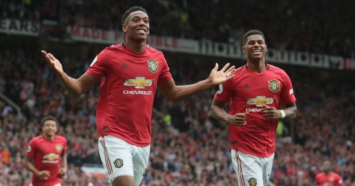 3 Manchester United v Chelsea FC Premier League - Manchester United name three fastest players from Chelsea win