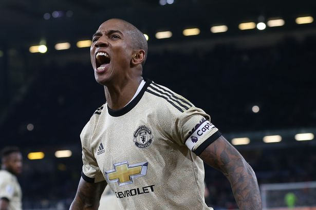 Why Ashley Young wants to leave Manchester United in January transfer  window - Manchester Evening News