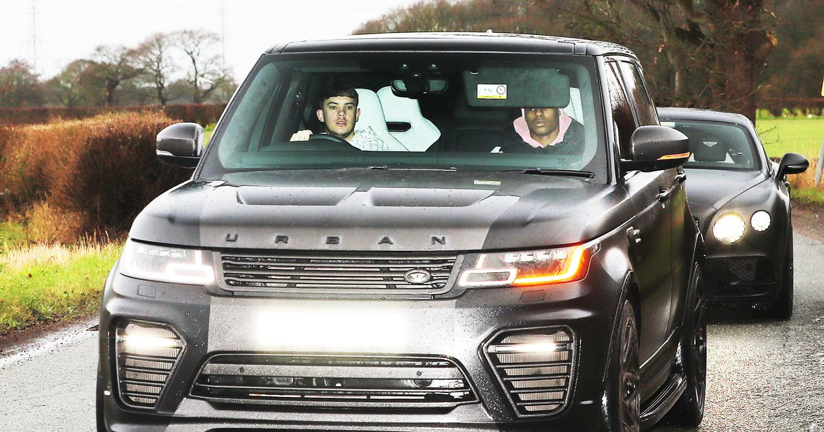Marcus Rashford and Manchester United players arrive in Carrington ahead of the Liverpool FC match