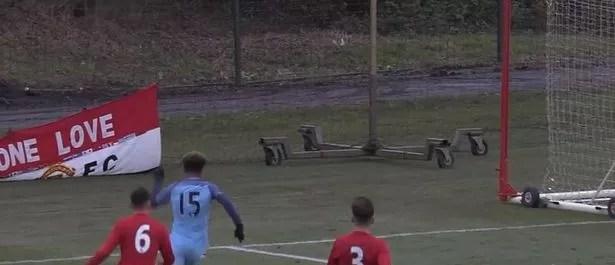 Sancho pursues United's goal