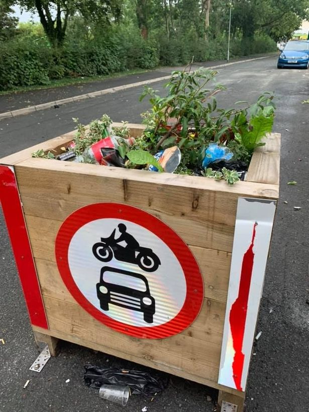 Fly tipping protest on Munawar Road East.