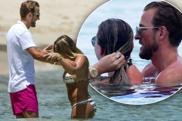 Harry Kane's fiancée flashes humongous diamond engagement ring as childhood  sweethearts frolic in the Bahamas on holiday - Mirror Online