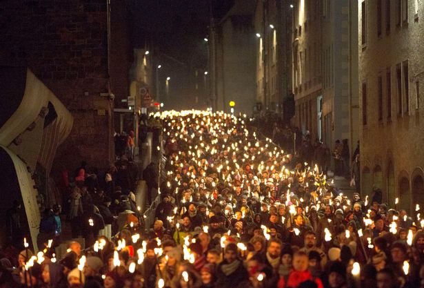 Edinburgh s 2018 New Year celebrations kick off with stunning     The Torchlight Procession marks the opening of Edinburgh s New Year  celebrations