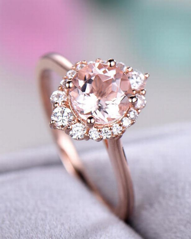 A Look A Like Of Princess Eugenies Pink Sapphire